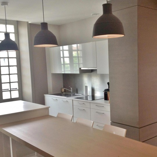 Sylvie-Lopez-appartement-de-vacances-saint-jean-de-luz-cuisine-thumb