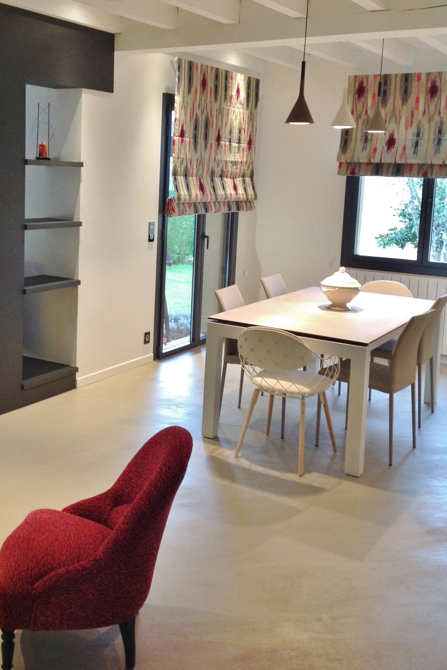 Une-villa-au-cœur-de-la-Chalosse-Sylvie-Lopez-Audignon-salle-à-manger